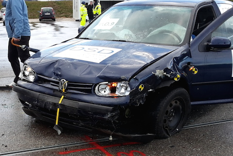 VW Gold - Crash Test DSD 2015